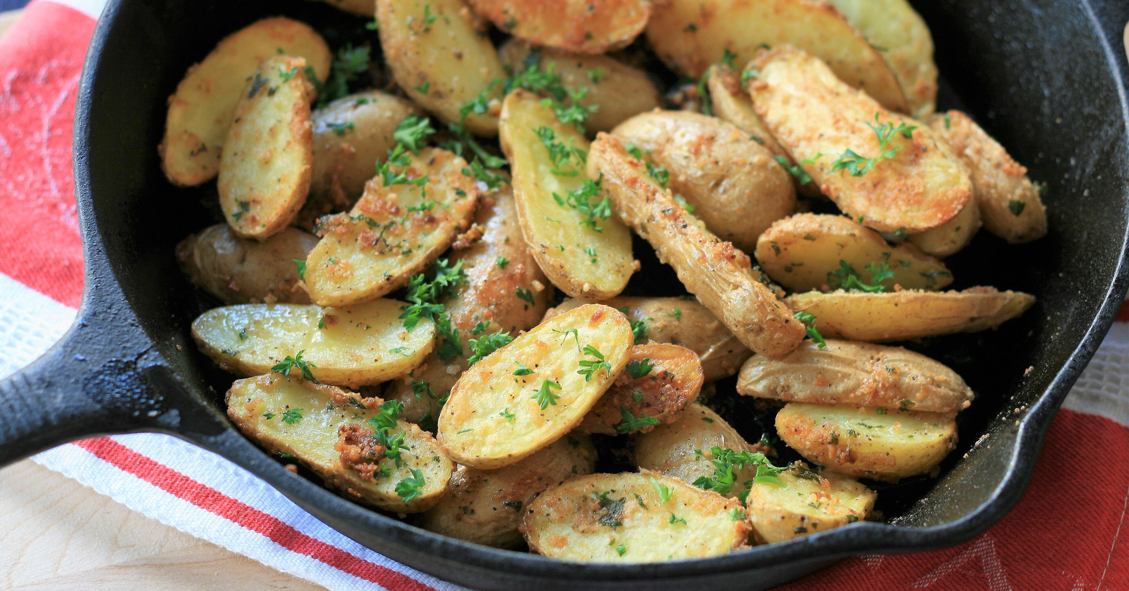 Roasted Garlic-Parmesan Fingerling Potatoes