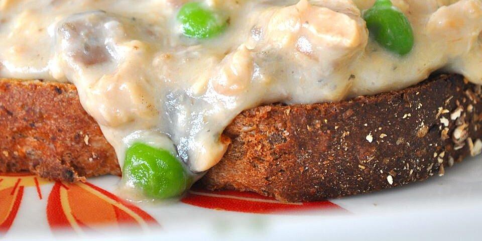 creamed salmon on toast recipe