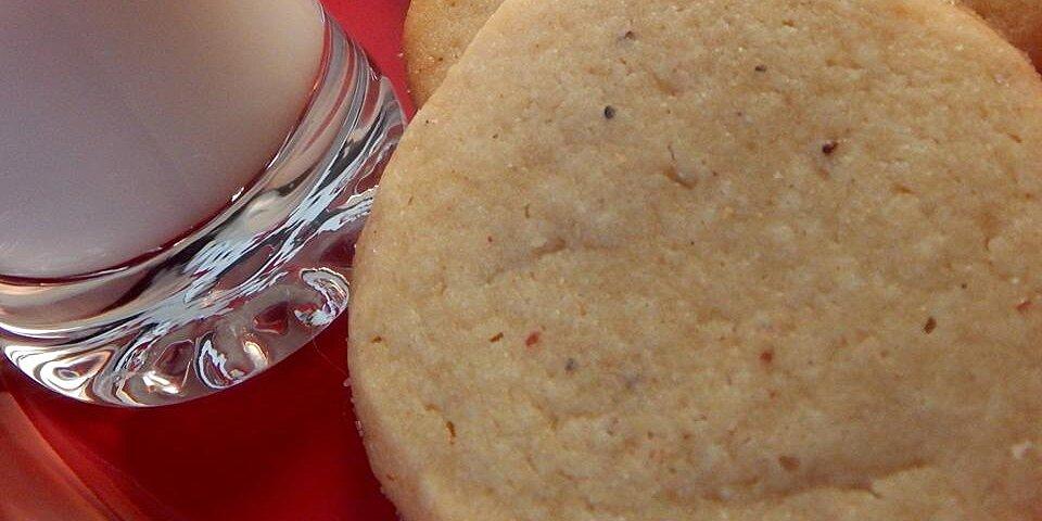 nutmeg refrigerator cookies recipe