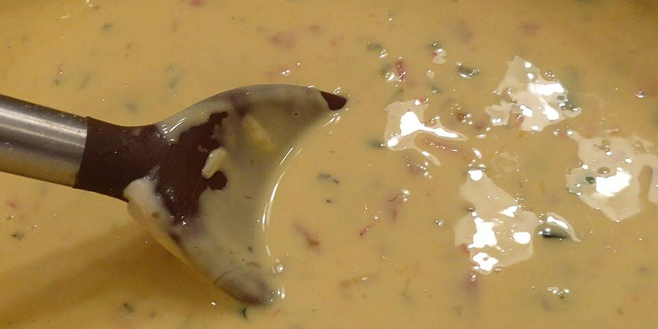 lauries creamy slow cooker queso recipe