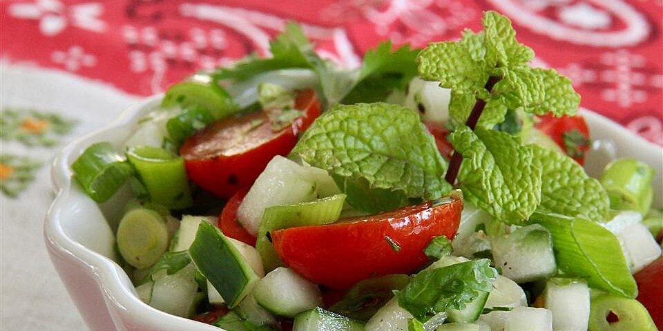 tomato cucumber kachumbar recipe