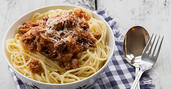 Spaghetti With Rich Meat Rag Ugrave Recipe Melissa Rubel Jacobson Food Wine
