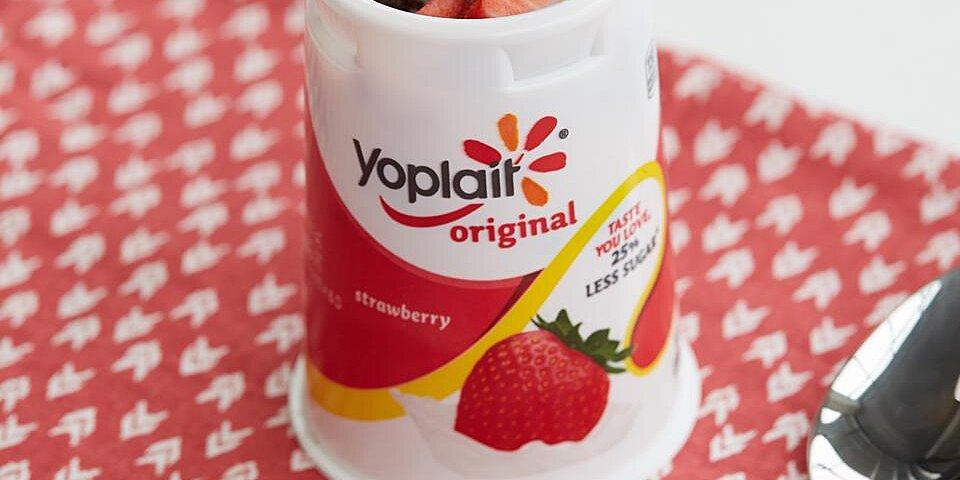 double berry brownie yogurt cup recipe