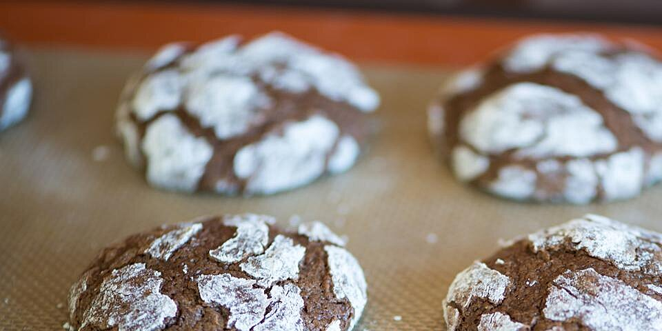 chocolate crinkles iii recipe