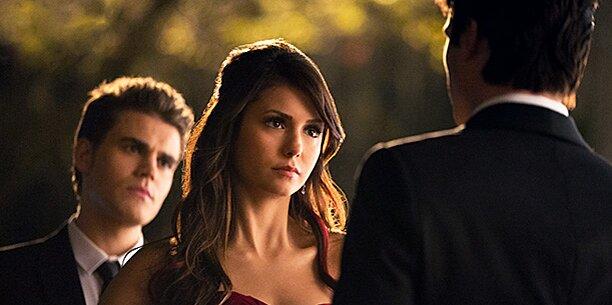 Damon dating does elena when start 'Vampire Diaries':