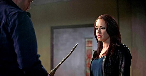Supernatural Lindsey Mckeon Dishes On Tessa S Shocking Decision Ew Com 14 видео 254 просмотра обновлен 12 мая 2020 г. supernatural lindsey mckeon dishes on tessa s shocking decision ew com