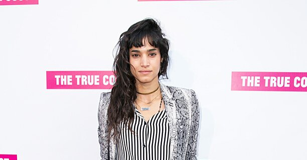 Sofia Boutella Negotiating For New Mummy Movie With Tom Cruise Ew Com