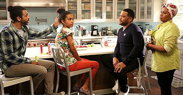 Daveed Diggs appears on Black-ish: First photo   EW.com