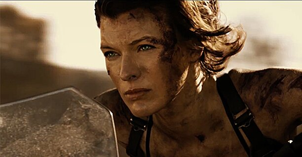 Resident Evil Trailer Milla Jovovich Brings The Heat To The Final