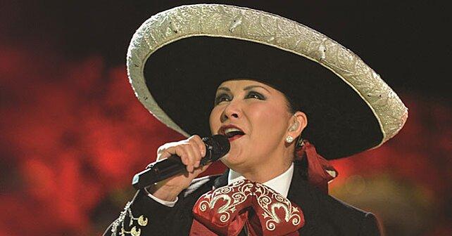 Ana Gabriel Habla De Su Hija Su Musica Y Un Sueno Que Cumplio People En Espanol