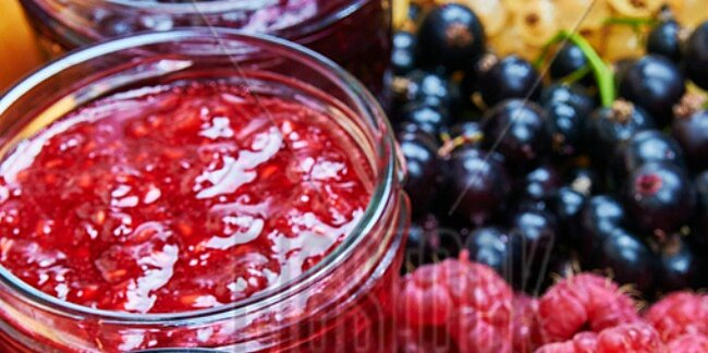 how to make sweet and savory jams in your slow cooker