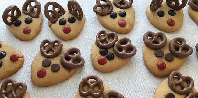 10 easy christmas cookies to make with your kids