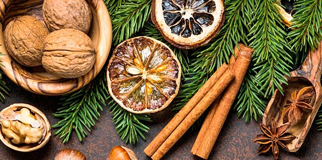 how to buy and store spices for holiday baking and cooking
