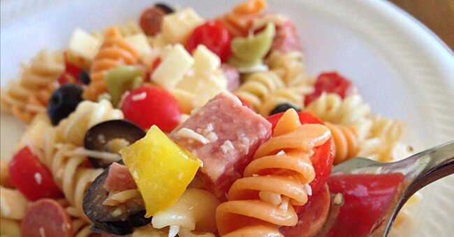 Use This Easy Formula to Make the Best Pasta Salad Every Time