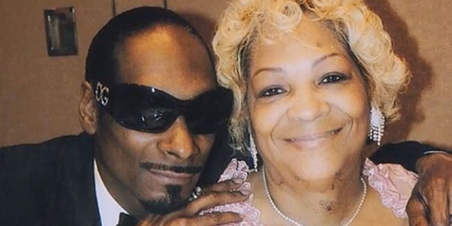 Snoop Dogg's Mom Convinced Him to Apologize to Gayle King | PEOPLE.com