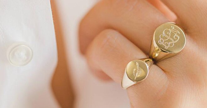 Signet Rings Are a Timeless Trend Southern Women Will Always Wear—Here Are 12 Pretty Ones To Shop Now
