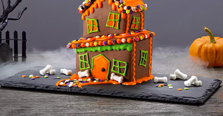 Halloween Cookie Houses Are the New Gingerbread Houses—and You Can Buy Them Right Now
