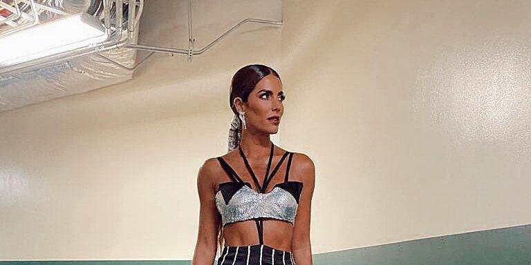 Este vestido que lució Gaby Espino en los premios Billboardfue diseñado por su hermana menor