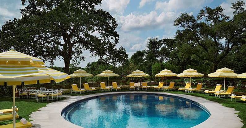 We're Obsessed with this Sunny, Retro Pool at Austin's Commodore Perry Estate Resort