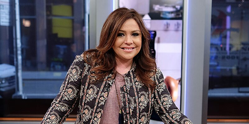 Rachael Ray Shares Her 'Simplest Thanksgiving Meal' That You Can Make in One Roasting Pan