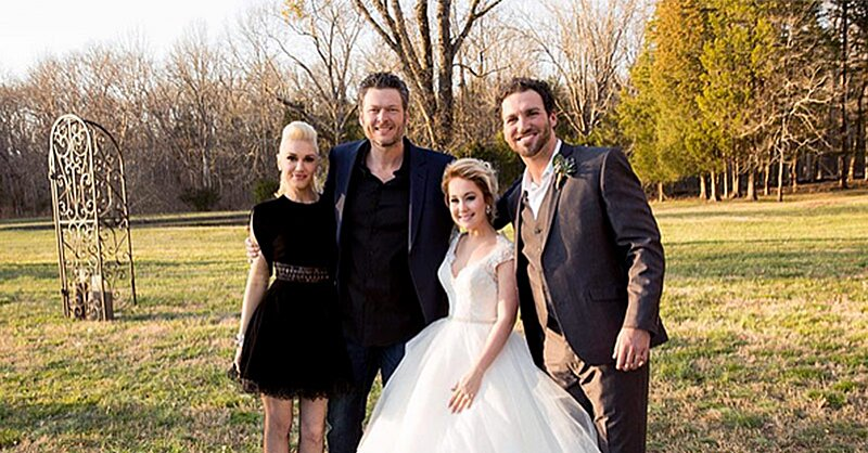 Blake Shelton And Gwen Stefani Show Pda At Raelynn S Wedding People Com