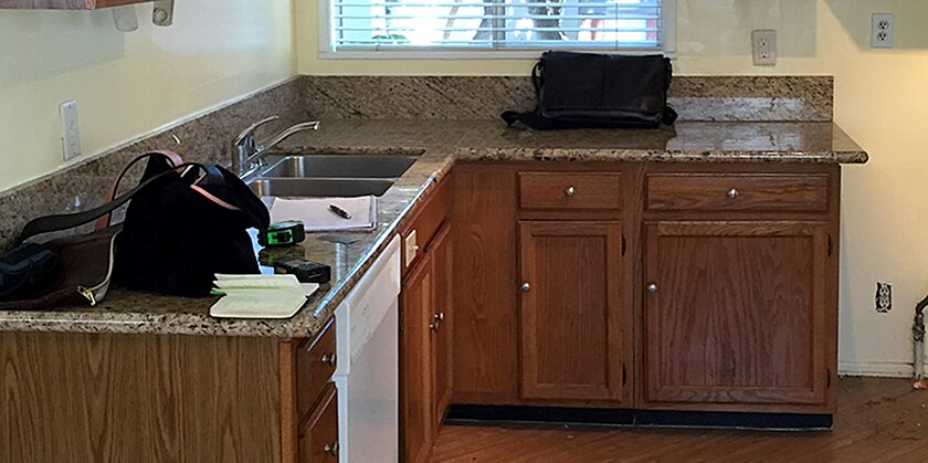 How an Outdated Kitchen Got a Colorful, Modern Update