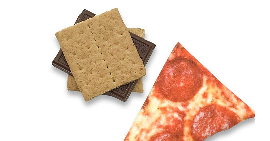 Send These Marshmallows That Look Just Like a Pizza Slice to Anyone Who Needs a Laugh
