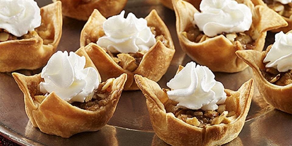mini apple pies from reddi wip