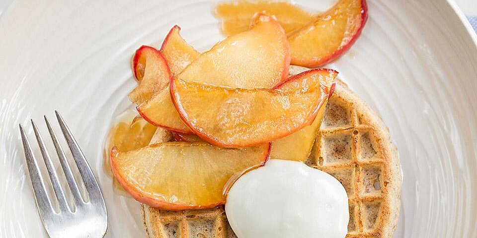 waffles with caramelized apples and yogurt recipe