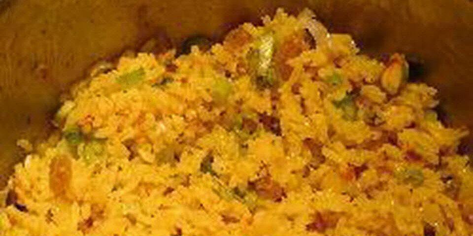 mediterranean rice pilaf with pistachios and golden raisins recipe