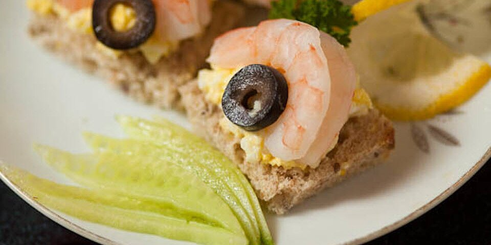 shrimp canape with egg salad and olives recipe