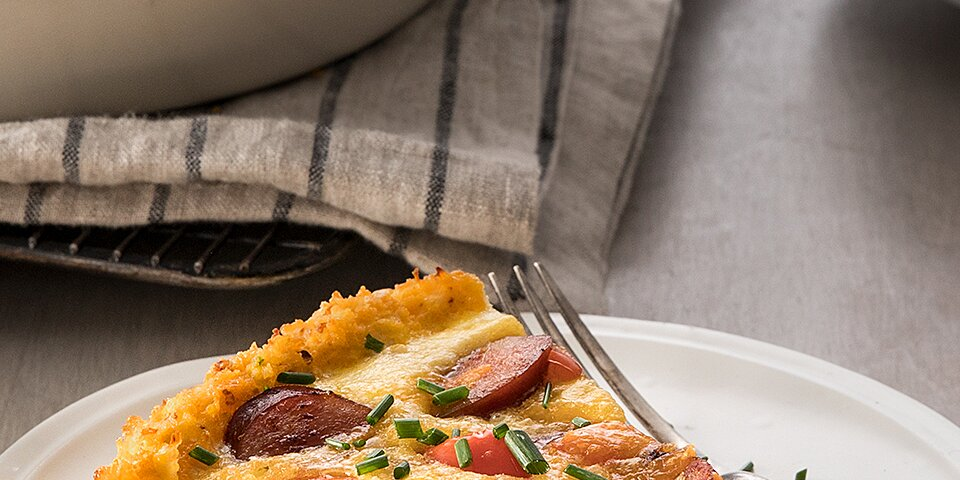 cauliflower crusted quiche with hillshire farm smoked sausage