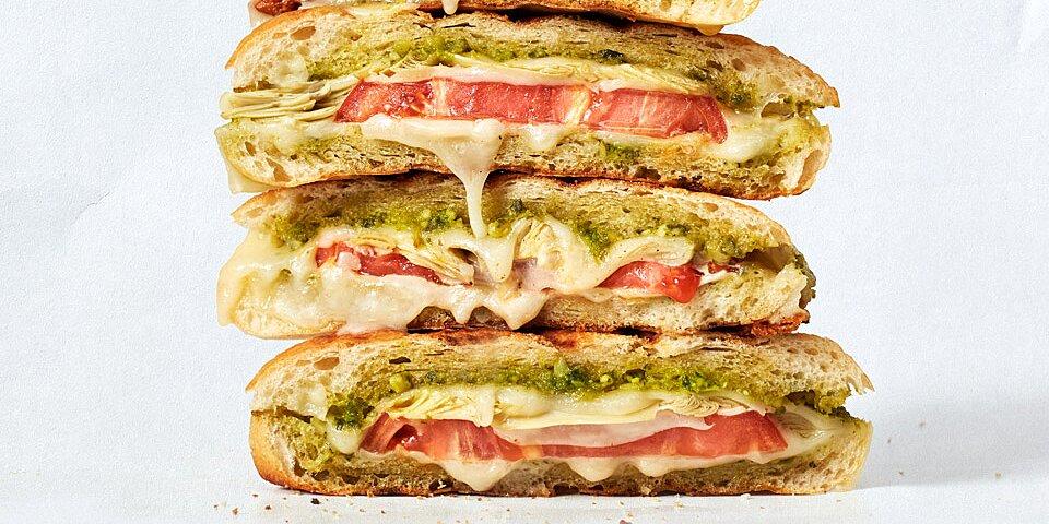 pesto piccante provolone panini recipe