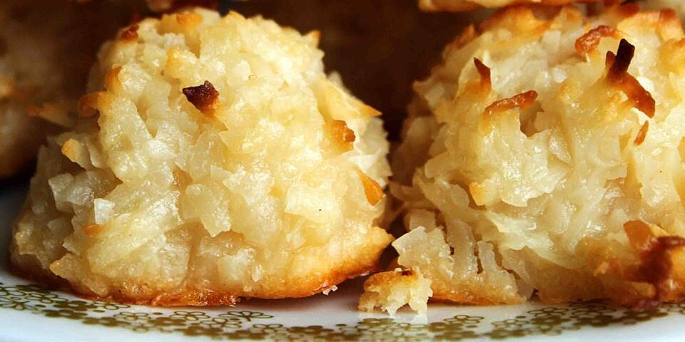 15 coconut macaroon recipes to satisfy your sweet tooth