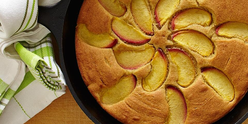 8 simple and comforting skillet cakes