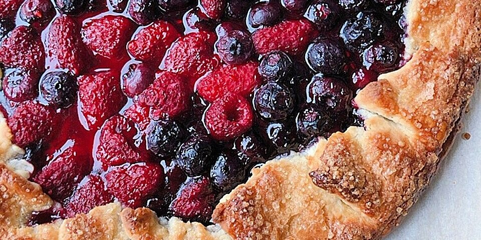 easy summer fruit tarts galettes and crostatas