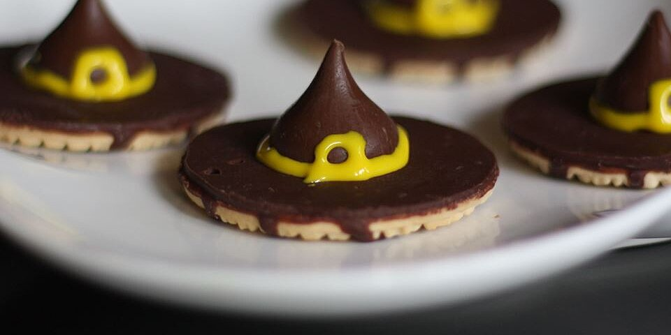 10 Easy Halloween Treats With Store-Bought Shortcuts