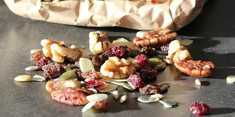 20 camping snacks to keep you full