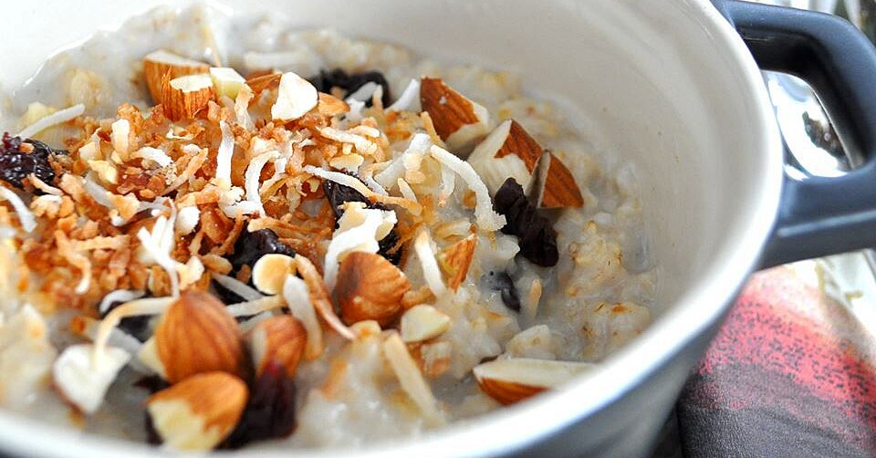 15 Oatmeal Breakfast Ideas to Mix Up Your Mornings