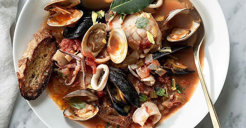 Feast of the Seven Fishes Recipes for an Italian-Style Christmas Eve