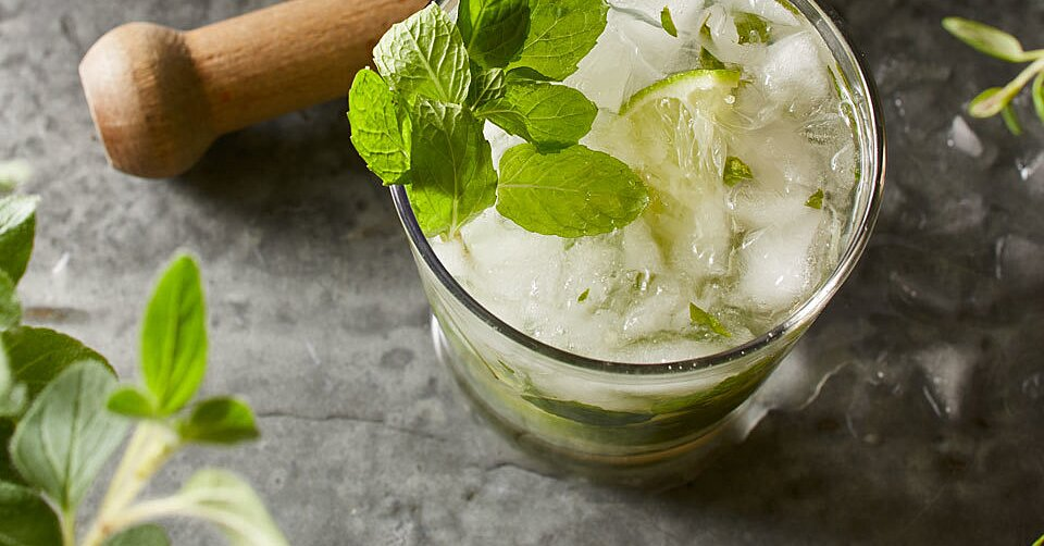 7 Minty Mojito Cocktails Perfect for Any Cocktail Hour