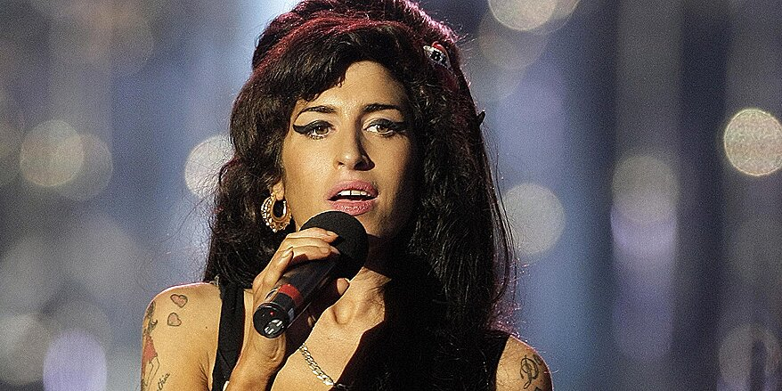 Amy Winehouse's Best Friend Opens Up About Her Death for the First Time: 'She Craved Normality'.jpg