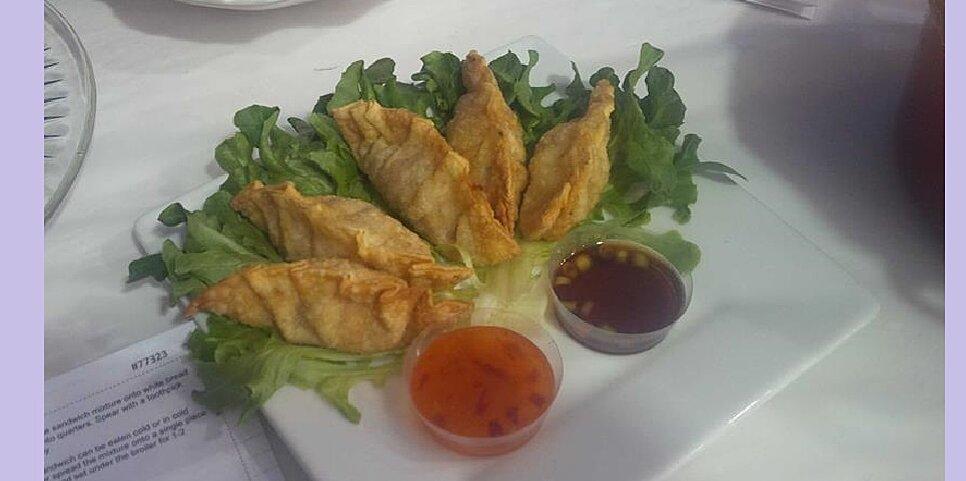 fried pork gyoza with dipping sauce recipe