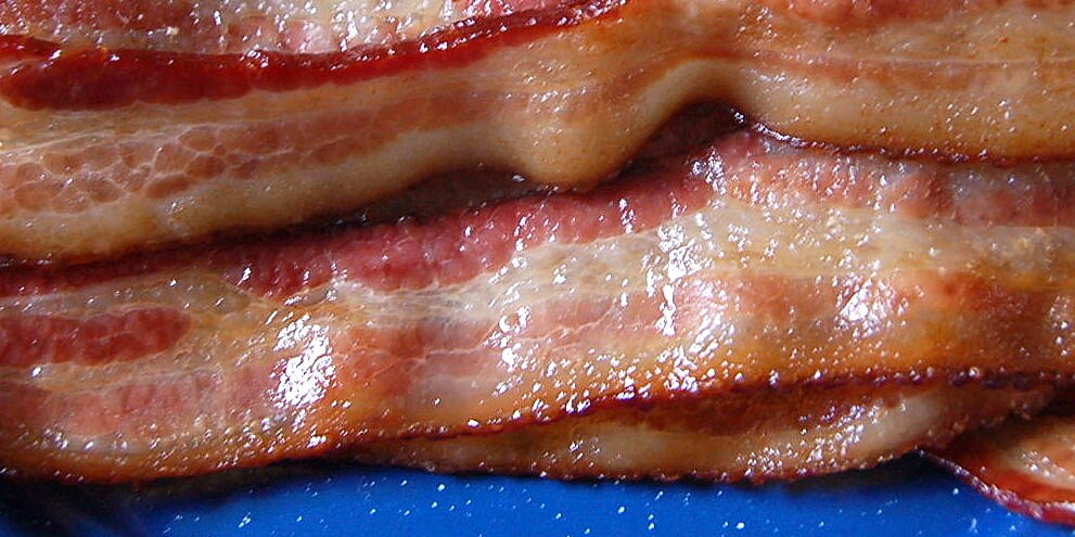 whats the deal with smoked bacon
