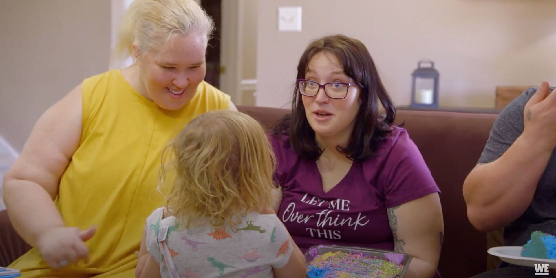 Pregnant Lauryn 'Pumpkin' Shannon Reveals Sex of Baby to Mama June with Help from Daughter Ella, 3.jpg