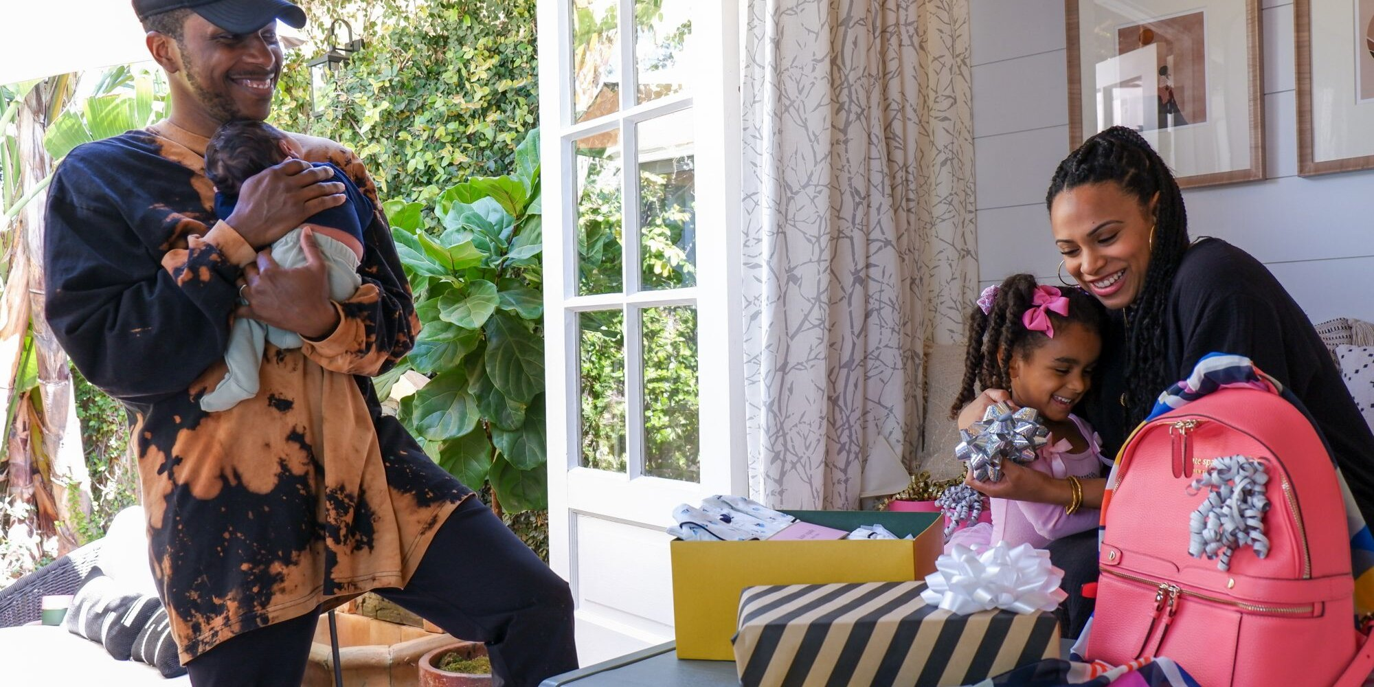 Leslie Odom Jr. and Daughter Lucy, 3½, Wrap Kate Spade Mother's Day Gifts in Sweet Video.jpg
