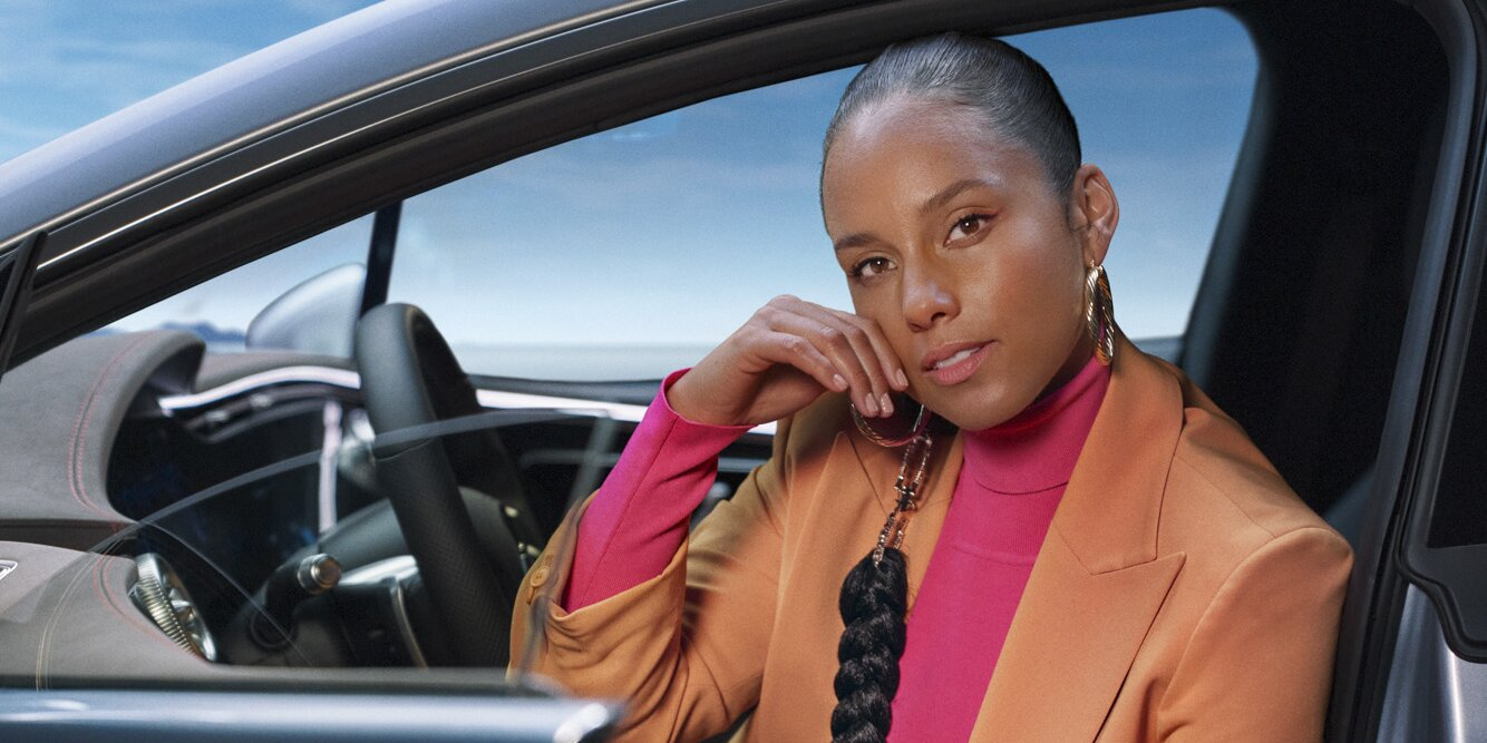 Alicia Keys Says She and Swizz Beatz Learned to 'Give Each Other Space' During the Pandemic.jpg