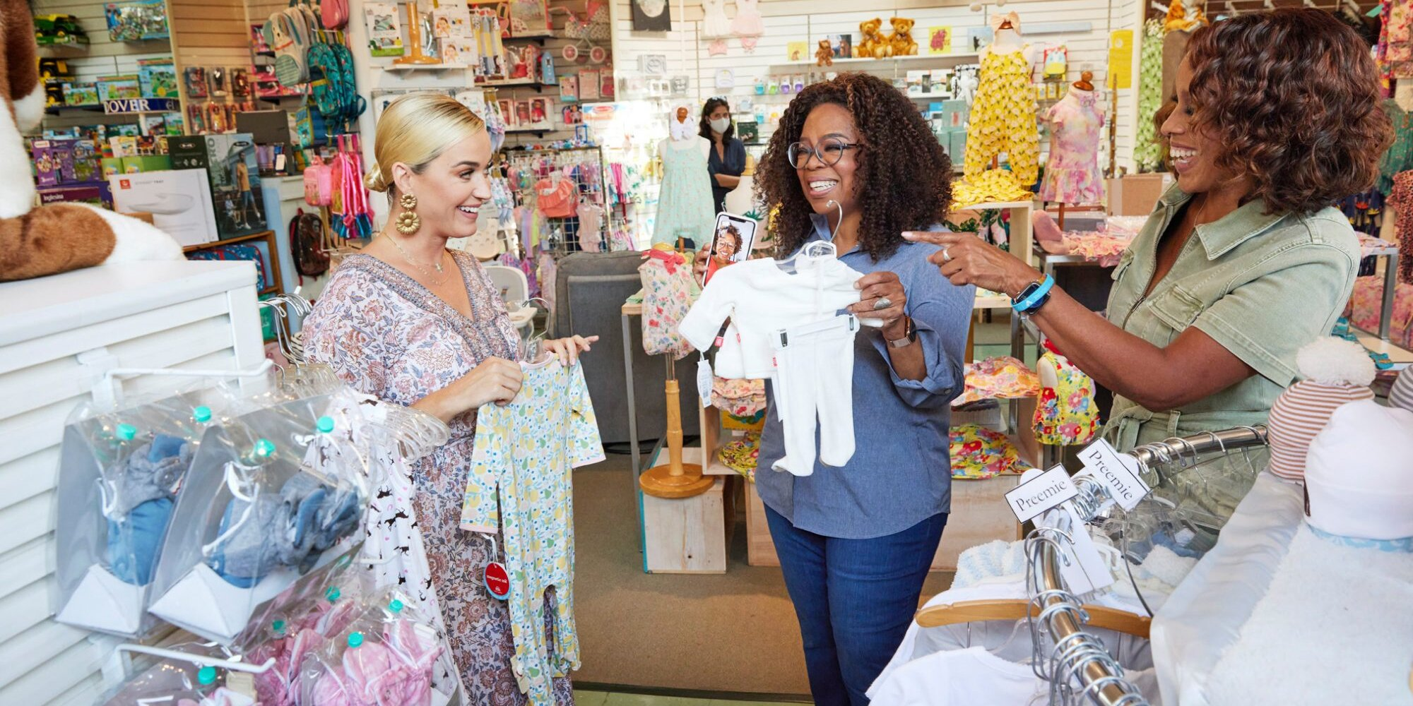Katy Perry Helps Oprah and Gayle King Shop for Grandson on the Way, Shares 'Pro Tips and Expertise'.jpg