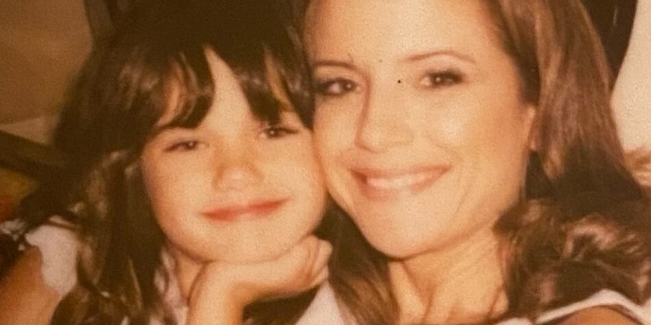 Ella Travolta Pays Tribute to Mother Kelly Preston on Mother's Day: Your 'Love Is Ever Lasting'.jpg