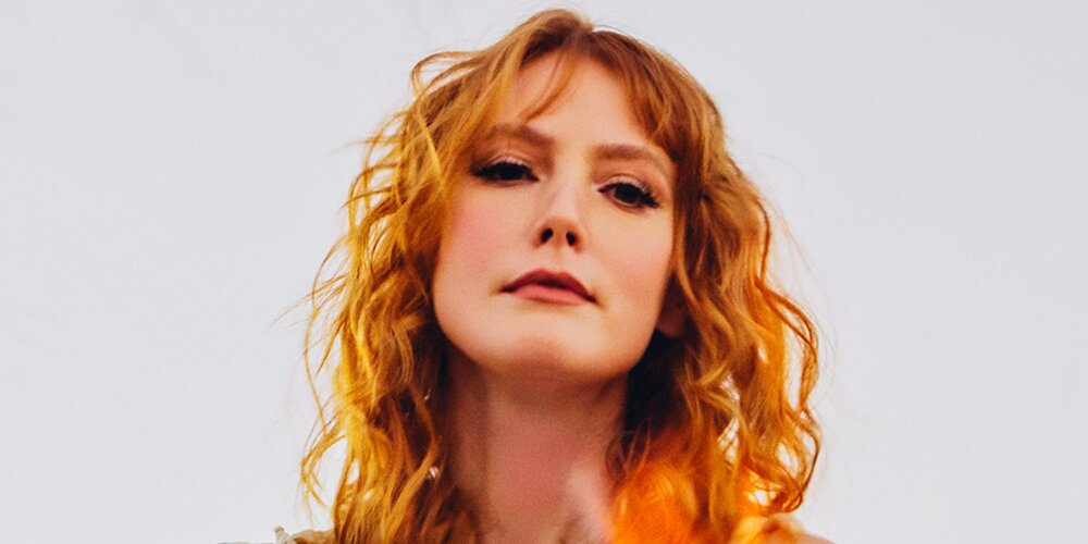 Alicia Witt Says Her Album The Conduit Is an 'Homage to the Great Singer-Songwriters' of the '70s.jpg